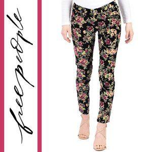 Free People   Floral Corduroy Skinny Pants/Jeans